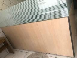 Divisória Mdf/Vidro meia altura 2,00 X 2,40