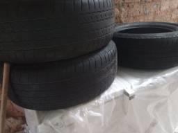 03 pneus 265/60 Aro 18