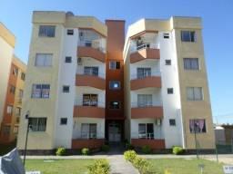 Apartamento no condomínio Caminhos do Sol
