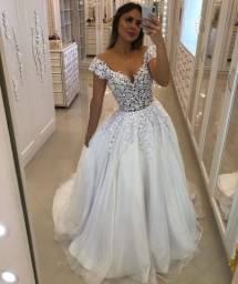 Vestido noiva nunca usado  1.900