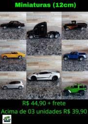Miniaturas de carros 12cm aprox