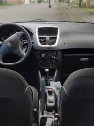 Peugeot 207  completo  2011