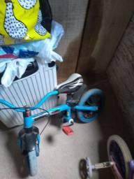 Bicicleta aro 12 menino e menina