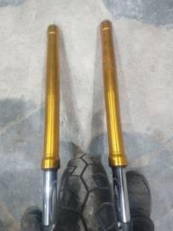 Par de bengalas ou canela da MT 09