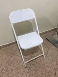Cadeira de ferro branca (bar / restaurante / lanchonete)