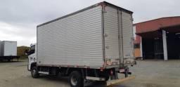 Baú para caminhão 5.500 x 2.300 x 2.400 mm- Marca: Argi - ANO 2014