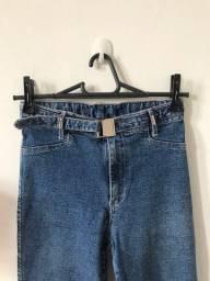 Calça jeans nova com lycra, tamanho 34/36, 20 reais
