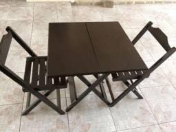 Conjunto 4 Cadeiras e 1 Mesa Dobrável 70x70