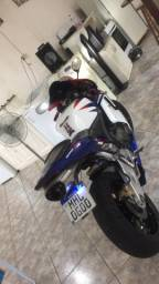 Cbr 600rr tricolor moto linda