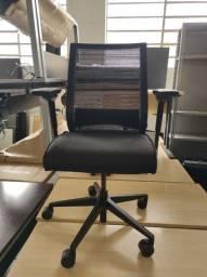Título do anúncio: Cadeira de Escritório Steelcase Think