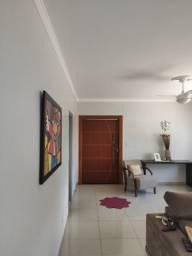 Casa Excelente com piscina ótima para residência e comércio - 3 quartos