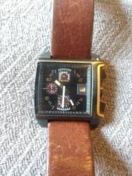 Lindo Relógio Diesel marrom couro