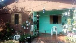 Casa de esquina/ com barracão Vila redenção Goiânia - 7 minutos do shopping flamboyant