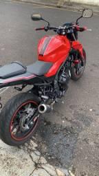 CB500F Vermelha 2018