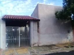 Vendo casa na Cohab Irmã Catarina, entre o Jardim Europa e Jardim Aeroporto