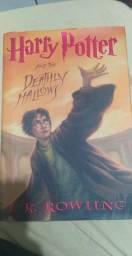 Vendo livro do Harry Potter e as Relíquias da Morte em INGLÊS