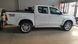 Hilux SRV 4x4 AT , top, linda, 2014