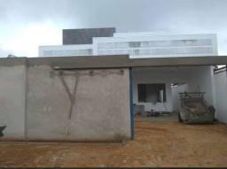 Casa fase construção região sul, quadra central  3/4, sendo 2 suítes