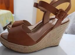 Sandália plataforma AREZZO