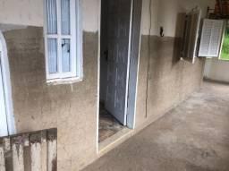 Casa em Rio das Ostras 3 quartos + kitnet em anexo a casa