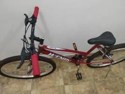 Bicicleta Feminina Semi Nova, Usada poucas vezes!