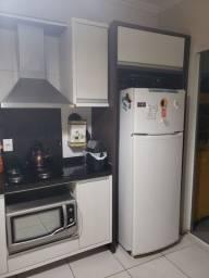 Cozinha em MDF com marmore incluso