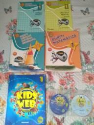 Livros Projeto Buriti e Inglês Kids Web 1° ano