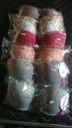 conjuntinhos se calcinhas e sutiãs.  cuecas box e vários modelos de calcinhas