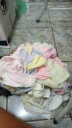 Vendo lote de roupas bebê recém nascido menina