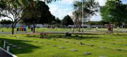 Jazigo no cemitério Morada da Paz em Paulista.