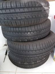 Vendo pneu 175/65r14 novo