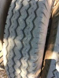 pneus p/ caminhao ou carreta 9.00 - 20 Pirelli c/ camara e roda completo