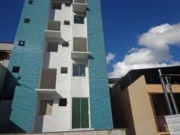 Linda cobertura com 130 m² 2/4 terraço grande e garagem em Bandeirantes