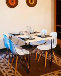 Conjunto de mesa estilo industrial 120x80 4 cadeiras