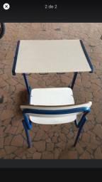 Conjunto mesa e cadeira escola/faculdade