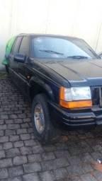 Sucata Jeep Cherokee 1998, para retirada de peças