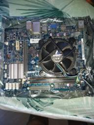 Placa mãe, processador, memória RAM e placa de vídeo