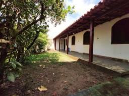 Casa com 5 quartos em Itaoca, de frente para o mar