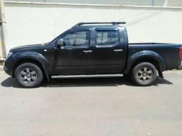 Caminhonete Nissan Frontier SV AT. CD 4X4 2.5 TB Diesel AUT. único dono! - 2016
