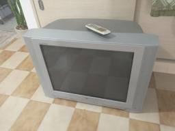 "Televisor tubo 32"" tela plana LG"