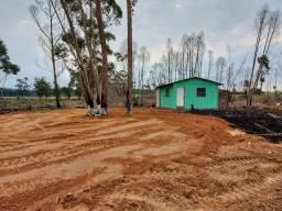 Velleda oferece sítio 1500 m² com casa, açude, 1 km do asfalto