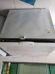 Freezer para retirada de peças