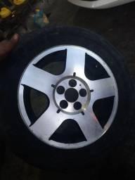 Rodas aro 15 bem novinha com pneus