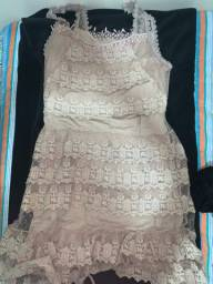 Vestido nude