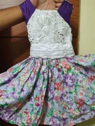 Vestido infantil florido