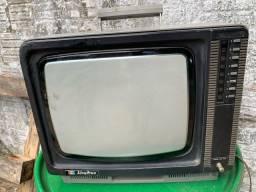 Tv Sharp antiga