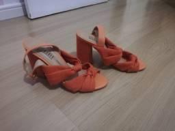 Sandália laranja 37