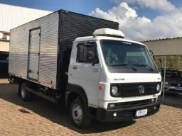 VW 8.160 Baú 2012