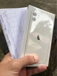 iPhone 11  64gb  Lacrado  ( Oportunidade c/ nota fiscal )  LEIA !!!