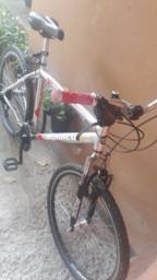 Bicicleta super nova 750reais aceito propostas